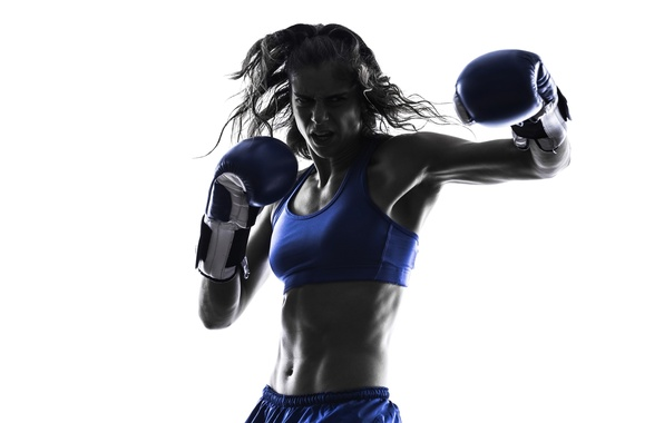 kickboxing-silhouette-woman
